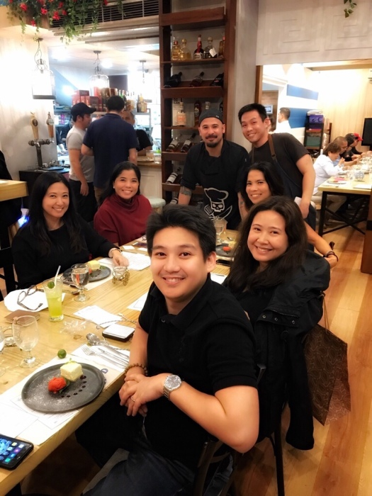 Happy tummies with (standing) Francis Balbarin (in the bandana) and Jonas Ng of James & Daughters.
