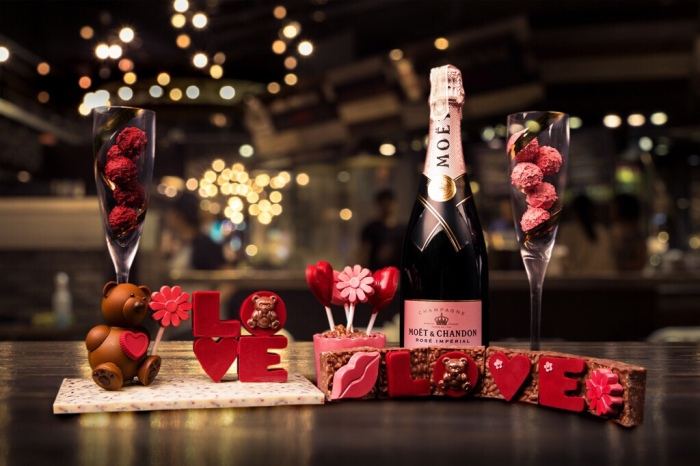 City of Dreams, Cafe Society Valentine's hampers